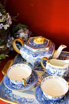Blue and white vintage tea set   China Vintage Heirloom & Sasha Nicholas Dinnerware   Tablescapes   China