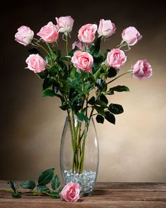 Create your own artificial floral arrangements with silk flower stems from Petals. Choose from beautifully handcrafted silk roses, hydrangeas, and more. Rosen Arrangements, Artificial Floral Arrangements, Silk Flower Arrangements, Flower Vases, Artificial Flowers, Home Flowers, Silk Flowers, Rose Stem, Open Rose