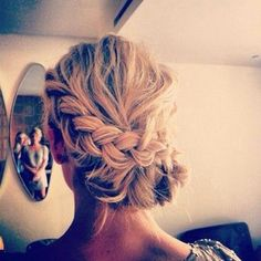 Braided updo para the Goose's deb ball That's. So. Me.