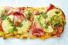 Lunch Recipes, New Recipes, Cooking Recipes, Dinner Recipes, Turkish Pizza Recipes, Ham And Pineapple Pizza, Savoury Finger Food, Christmas Ham, Green Eggs And Ham