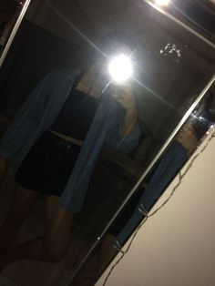 Jeanshemd schwarz erste Lederjacke und Old School Vans Source by rubyawinter Related posts: No related posts. Snapchat Girls, Instagram And Snapchat, Cute Girl Photo, Girl Photo Poses, Tumblr Photography, Photography Poses, Girl Pictures, Girl Photos, Ft Tumblr