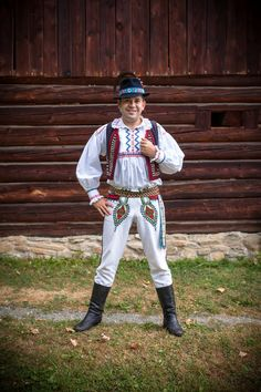 Folk Clothing, Beautiful Outfits, Hipster, Costumes, Clothes, Embroidery, Traditional, Fashion, Outfits