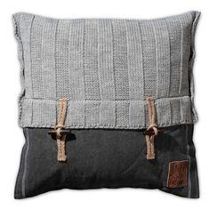 Knit Factory gebreid kussen 50x50 Rib