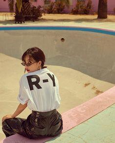 HyunA for the September issue of Grazia Magazine.