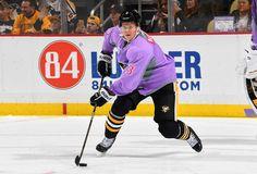 Penguins vs. Panthers - 10/25/2016 - Pittsburgh Penguins - : Olli Maatta