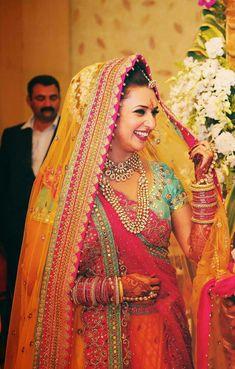 Wedding Lehnga, Indian Bridal Lehenga, Bollywood Wedding, Wedding Dress, Indian Bridal Photos, Indian Bridal Outfits, Bridal Dresses, Divyanka Tripathi Wedding, Bridal Looks
