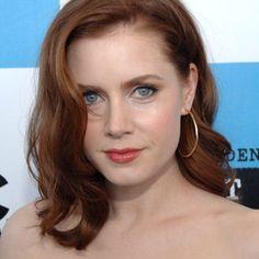 Amy Adams wearing Ippolita Glamazon earrings.