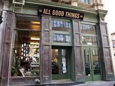 All Good Things Tribeca brings together some of New York's great food sellers under one roof, with stalls for coffee, cheese, meat, bread, chocolate, and more.