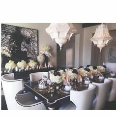 kloe Kardashian  diner table is purffff
