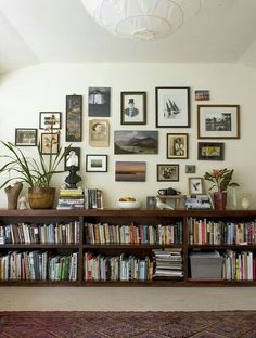 [Not my bookshelf] I just moved and took all my books but need a new bookshelf. Can anyone help me find a long low wooden bookshelf like the one pictured? I've been searching forever! : bookshelf