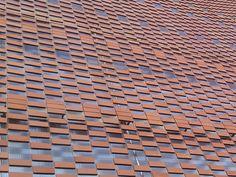 FLEXBRICK. Tejido cerámico Ceramic textiles Tissu céramique Teixit ceràmic. Fachada ventilada/Ventilated facade/Façade ventilée; Celosía colgante/Suspended facade; Fachada ligera/Lightweight facade/Façade légère; Protección solar de fachada/Brick filter/Ecran de protection soleil; Filtro solar/Sunscreen/Filtre solaire