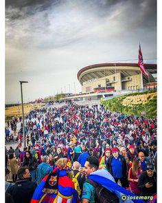 Peregrinación. Final Copa del Rey 2018. Sevilla CF 0 - FC Barcelona 5  #soccer #football #fcbarcelona #sport #ball #pitch #goal #score #kick #kicking #game #barça #fan #fans #wandametropolitano #play #playing #iphonex #footballgame #footballplayer #sports #copadelrey #balon #futbol #player #instasport