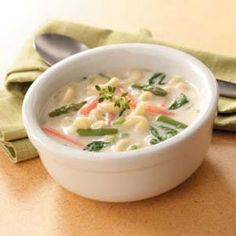 Creamy Spring Soup Recipe @keyingredient #soup #chicken #vegetables