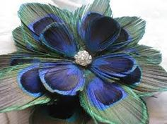 Handmade Accessories on Etsy Lotus Peacock Peacock feather fascinator Spring 2009 collection of bridal hair accessories by RoyalPrincess - Stylehive Flower Hair Pieces, Flowers In Hair, Diy Flowers, Purple Peacock, Peacock Feathers, Fascinator Hairstyles, Fascinators, Feather Headpiece, Peacock Wedding