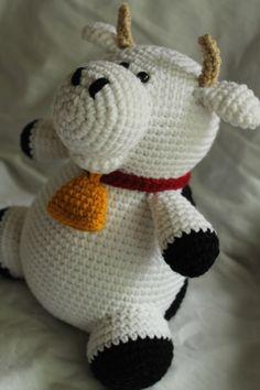 Charlie the Cow - Amigurumi Plush Crochet PATTERN ONLY (PDF) by daveydreamer on Etsy https://www.etsy.com/listing/151631293/charlie-the-cow-amigurumi-plush-crochet