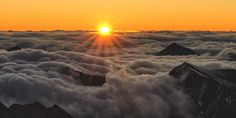 Sonnenaufgang Sunrise, Clouds, Celestial, Mountains, Nature, Youtube, Outdoor, Pictures, Sunset Wallpaper