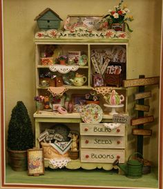 Garden shelf display, exhibited at the Fall Settle Dollhouse Miniature Show