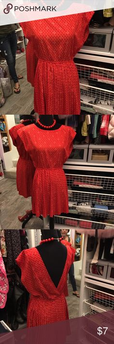 Beautiful red dress👗 FOREVER 21 Red shirt with sexy back only worn twice 👗👗 Forever 21 Dresses Backless