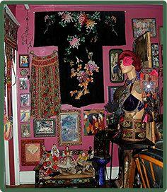 Sasha's Living Room  by Maureclaire, via Flickr