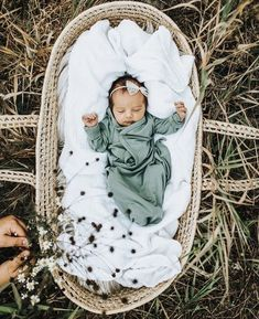 Free Items // Sweet Living Designs Freebies Page Lil Baby, Little Babies, Cute Babies, Baby Kids, Future Mom, Foto Baby, Cute Baby Pictures, Baby Family, Everything Baby