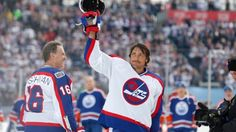Old school Jets exact revenge against Oilers of old at Heritage Classic Alumni game - http://www.newswinnipeg.net/old-school-jets-exact-revenge-against-oilers-of-old-at-heritage-classic-alumni-game/