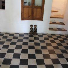 Clasic checkerd floor at Encaustic cement tiles | Handmade Tiles| La Parra