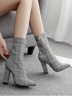2018 autumn and winter new style ankle boots women's high heels fashion pointed heel square zipper women's boots High Heel Boots, Heeled Boots, Shoe Boots, Shoes Heels, Women's Boots, Boots With Heels, Winter Heel Boots, Platform Ankle Boots, Pointed Heels