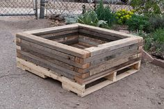 pallet planter..pinned to Its a Pallet Jack by Pamela