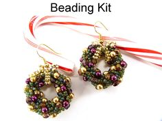 Beading Kit Jewelry Making Christmas Holiday Wreath Earrings Beaded Double Spiral Stitch Green Red Fuchsia Jewelry Pattern Tutorial #5989 door SimpleBeadKits op Etsy https://www.etsy.com/nl/listing/208886665/beading-kit-jewelry-making-christmas