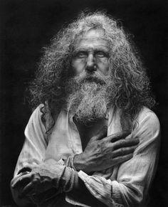 Hij Combineert Hyper - Realisme En Esthetiek Van De Renaissance: Zijn Tekeningen Zijn Uniek In De Wereld