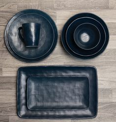 10 Beautiful & Bold Dinnerware Sets for Your Summer Table | LC Living Dinnerware Sets, Table, Summer, Beautiful, Summer Time, Mesas, Desk, Tabletop, Verano