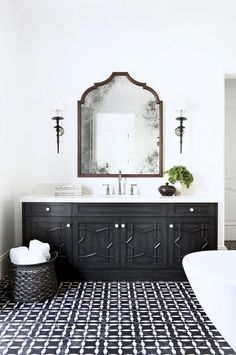 Luxury Moroccan Bathroom Design With Exotic Extravagance Moroccan Bathroom, Boho Bathroom, Bathroom Faucets, Bathroom Interior, Modern Bathroom, Bathroom Black, Spanish Bathroom, Spanish Style Bathrooms, Ikea Bathroom