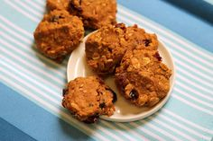 Treats With a Twist: Pumpkin Cranberry Oat Cookies they're healthy too! Made with @KingArthurFlour white whole wheat flour and flax!