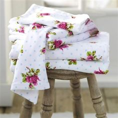 PiP Studio Roses & Dots Bath Towel, White
