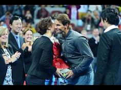 Rafael Nadal brought Li Na flowers during touching retirement ceremony | For The Win