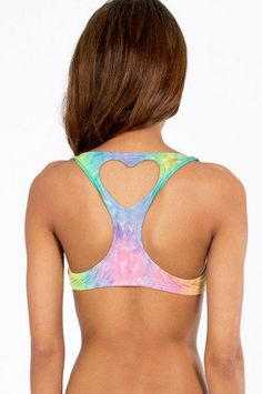 I'd give anything to have this! Adorable heart cut-out sports bra #tiedye