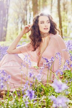 Dreamy Summer Days. Be transported in pink. #pink #vintage #summerdays #fashionshoot #silkgeorgette #beindividual