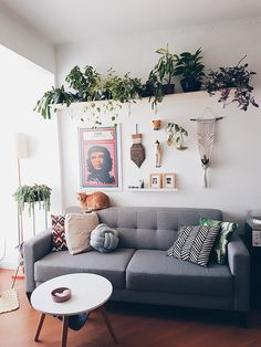 Nursery Inspiration: A Colorful Oasis in a Small Space - Lynzy & Co. Decor Room, Living Room Decor, Bedroom Decor, Wall Decor, Home Decor, Wall Art, Bedroom Wall, Table Palette, Uo Home