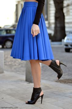 FabFashionFix - Fabulous Fashion Fix | Style Guide: How to wear the mid-length skirt this spring?