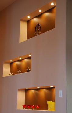 Pot Lights in Niche Niche Design, Wall Decor Design, Home Lighting Design, Ceiling Light Design, Living Room Decor Fireplace, Living Room Furniture Arrangement, Home Room Design, Living Room Designs, Home Entrance Decor