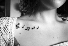 32 music note tattoos to inspire. Make sweet music with these music note tattoo body art designs. A musical note tattoo will perfect your style. Piercing Tattoo, Clavicle Tattoo, Chest Tattoo, I Tattoo, Tattoo Flash, Tattoo Girls, Girl Tattoos, Tattoos For Women, Tattoo Nota Musical