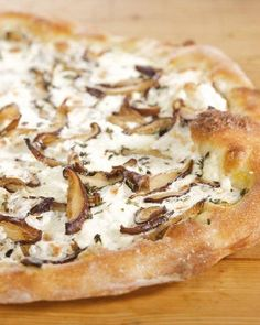 Shiitake Mushroom Pizza-- Great for a family-friendly meal any night of the week.