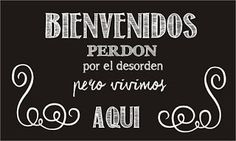 Pizarras de cocina Barbie Box, Poem Quotes, Mexican Style, Printable Quotes, Diy Home Crafts, Spanish Quotes, Interior Design Living Room, Home Art, Sweet Home