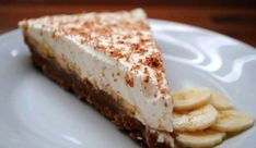Μπανόφι: Ένας πανεύκολος πειρασμός! 4moms, Banoffee Pie, Homemade Desserts, Fabulous Foods, How Sweet Eats, Tasty Dishes, Cheesecake, Good Food, Cooking Recipes