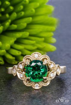 Gold Halo Round Cut Emerald Engagement Ring Green Lake Jewlery