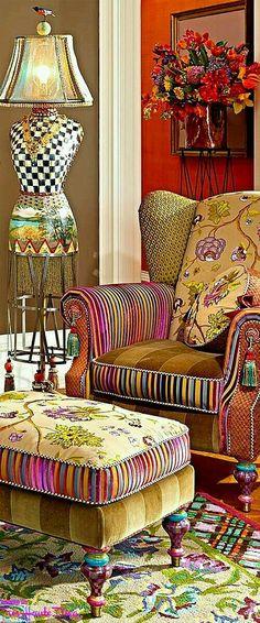 30 Chic Home Design Ideas - European interiors. Funky Furniture, Painted Furniture, Furniture Design, Patterned Furniture, Patterned Chair, Vintage Furniture, Furniture Ideas, Mckenzie And Childs, Funky Home Decor