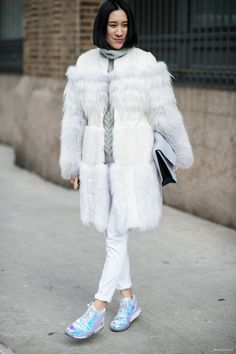 A whiteout and some trainers. Very Chanel of her. Nyfw Street Style, Street Chic, Street Style Women, Street Fashion, Women's Fashion, Eva Chen, 2014 Trends, Fashion Gallery, Pure White