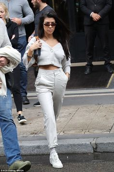 Kourtney Kardashian wearing Adidas Yeezy Calabasas Powerphase Sneakers, Dorothee Schumacher Cropped Cardigan and Zeynep Arcay Mom Patent Leather Pants Robert Kardashian, Kourtney Kardashian, Estilo Kardashian, Kardashian Kollection, Kardashian Style, Fashion Models, Star Fashion, Look Fashion, Autumn Fashion