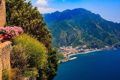 A view of the Amalfi coast from the beautiful city of Ravello. #ravello