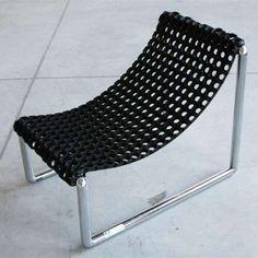 DIY Chair - looks pretty easy.